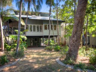 6 Satinwood Drive - Rainbow Shores