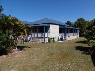 Cooloola Cottage - Rainbow Beach