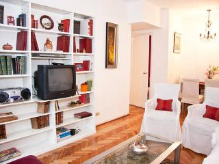 Bright Apartment 3Bed 2Bath 5guests, in Recoleta