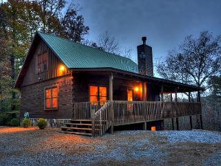 "Peace and Serenity what you'll find at ""Barefoot Lodge""!, Blue Ridge"
