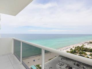 Gorgeous Oceanfront 2/2 Condo 6051, Hollywood
