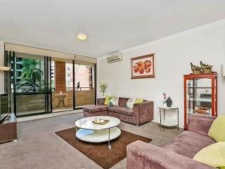 PMONT - Generous Size Two Bedroom Apartment, Sidney