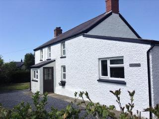 AWELY Cottage in Cardigan, Tresaith