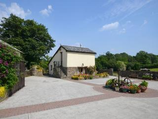 COLEH Barn situated in Great Torrington (10mls SE)