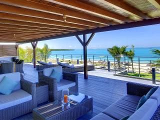 HPB4 Beach Penthouse on Pointe D'Esny, Mahebourg