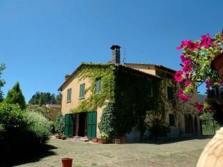 Villa Maura, Cetona