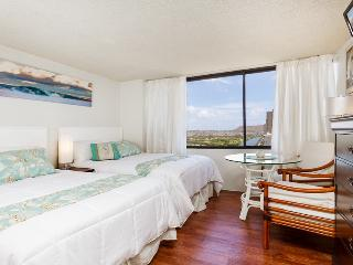 Luxury Studio with 2 beds Monarch Hotel, Honolulu
