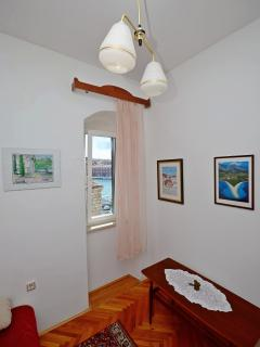 Best location in Supetar, Apartment 2 - Smaller room