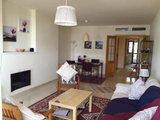 Brand new apartment in Selwo, seaview + golfcourse, Estepona