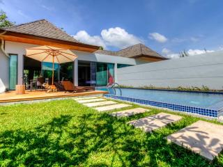 2 Bedrooms Modern Tropical Pool Villa in  - Vanille