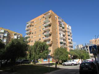 West Facing Apartment close to all amenities, Arroyo de la Miel