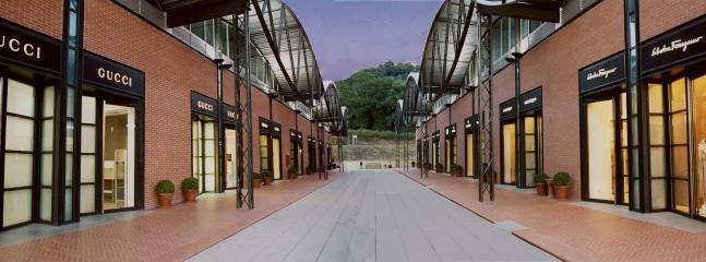 The Mall - Luxurious Fashion Outlet, Rome-Florence Highway.