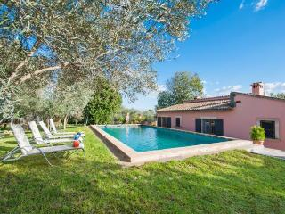 101 Perfectly equipped large, country house, Alaró