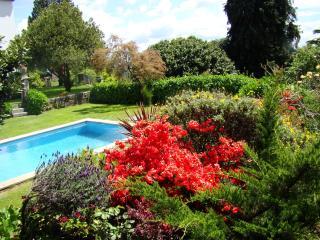 Manor House 18PAX Priv swimming pool, tennis court & BBQ