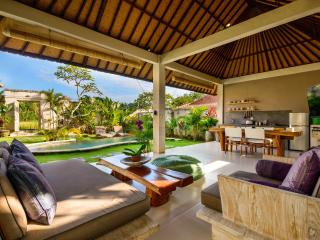 Peaceful Private Villa Complex in Canggu