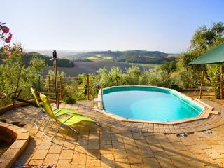 Country home IL Granaio with Private swimming pool, Castelfiorentino
