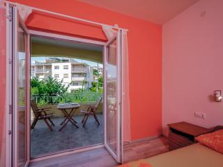 Apartments Komazin- ROSE, Hvar
