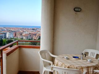 WI-FI! 2bedroom / 2balcony! Vista sul mare, Scalea