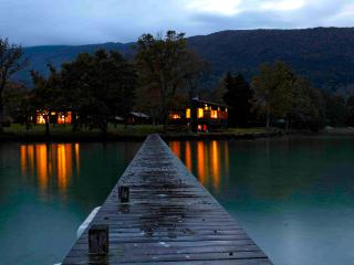 AMAZING PROPERTY DIRECT ACCESS TO LAKE ANNECY 15p, Sevrier