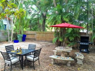 Canopy Tree House – Authentic Coconut Grove Living, Miami
