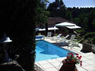 Villa provençale avec piscine, dans la campagne, Aix-en-Provence