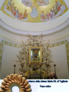 Interno chiesa di Maria SS di Tagliavia