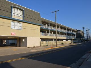 875 Plymouth Pl. Unit 23 - 2nd Floor, Ocean City