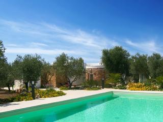 257Esclusiva Villa con Piscina, Torre Mozza