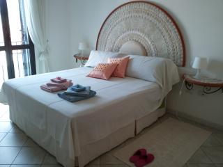 splendido appartamento a 150 metri dal mare, Bosa