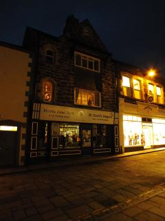Front of Townhouse onto High Street at night