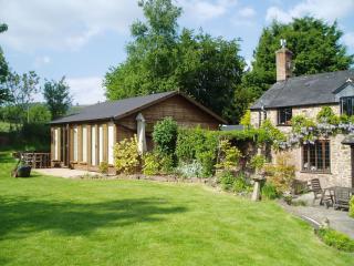 Flaxpool Well Garden Room, Crowcombe