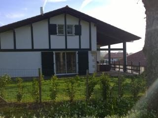 Location Maison de  200 m² à 300 mètres de Sare