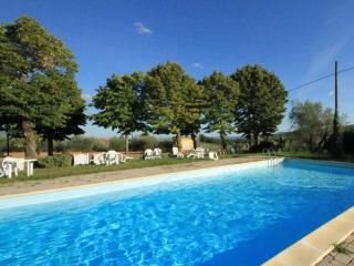 La Prua- Chianti panoramic apartment in old convent with pool