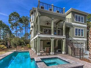 Sandy Beach Trail 1, 6 Bedrooms, Large Private Pool, Spa, Elevator, Sleeps 14, Hilton Head