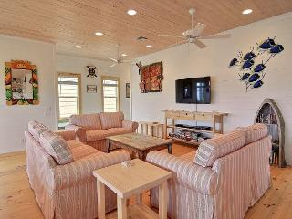New Listing: Best Little Shore House in Texas! 4/3, New Neighborhood, Pool, Port Aransas
