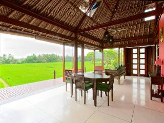 Bali Harmony Luxury Villa Sungai in the Ricefields, Lodtunduh