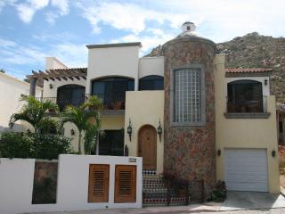 Casa Tres Hermanas, Cabo San Lucas