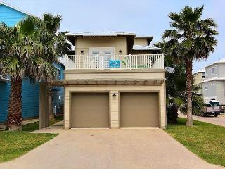 Paradise Found, Beach Walkover, Pool, In Town, Sleeps 8, Port Aransas
