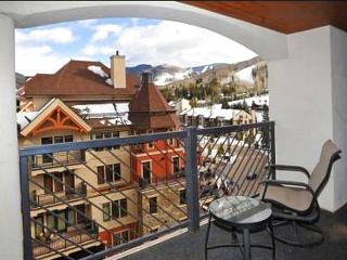 Luxurious Vail Village Penthouse, Access To All Of Marriott Amenities (208318)