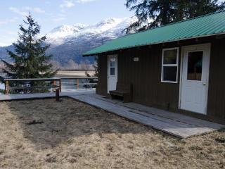 Swan View Cabin #3, Haines