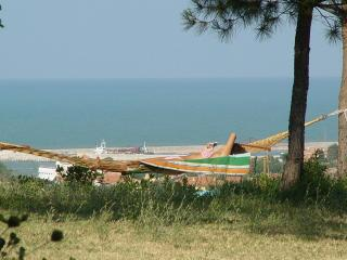 villa di campagna con vista mare (in collina a 1,2 km dal mare!)