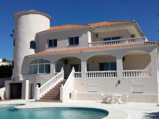 Villa Magnolia - 2 bed apartment, Mijas