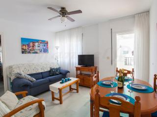Beachfront 2 Bedroom Apartment on Laguna Beach, Torrox