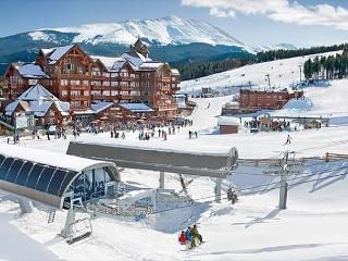 Luxury Resort Slopeside Condo - 15% Off Summer Stays!!, Breckenridge