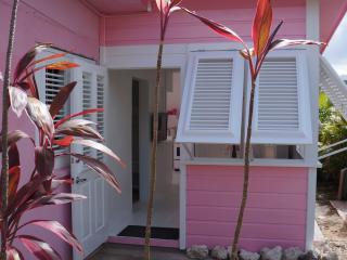 PINK COTTAGE, Holetown