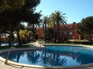 Tamarit, Altafulla, Tarragona. 4 bedr. 8 people