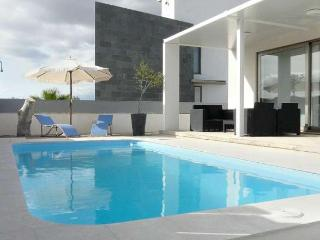 109 Modern design villa in beautiful surrounding, Colonia de Sant Pere