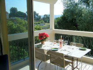 Apartment - 1 Bedroom - Sleeps 4, Cannes