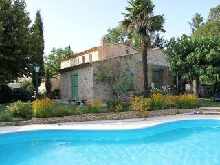 Aix Character Family Farmhouse in Provence Pool, Aix-en-Provence