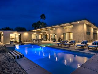 Palms at Park: 10 Bed 12 Bath New Construction Compound, Palm Springs